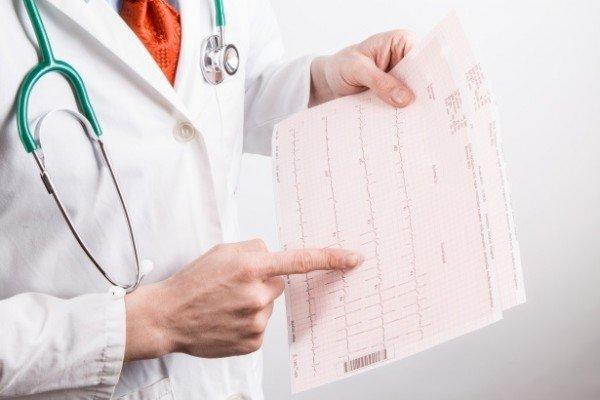 Posso obbligare il medico a prescrivermi le analisi?