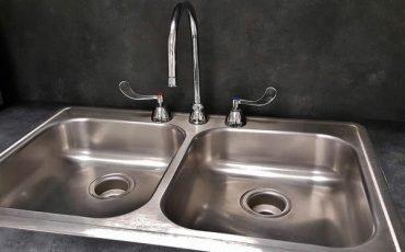 Bolletta dell'acqua: chi non paga, utenza staccata