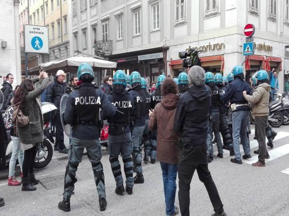 Manifestazione politica: ai violenti il daspo