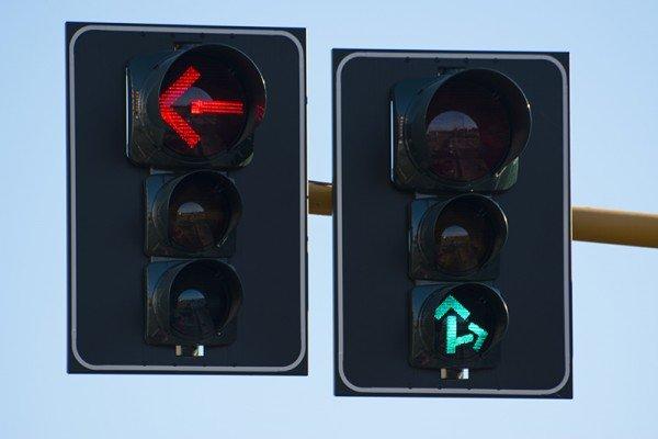 Quanti punti dalla patente per il semaforo rosso?