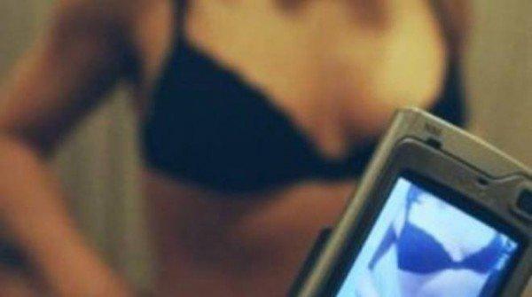 Video hard amatoriali tra minori: reato mostrarli agli amici