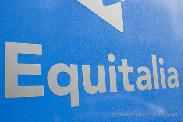 Equitalia: zero cartelle fino all'8 gennaio