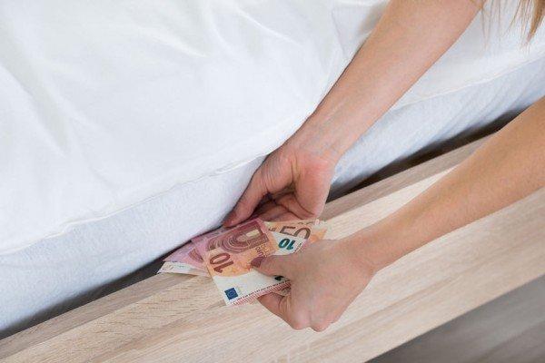 Versamenti in banca: controlli leciti anche sui professionisti