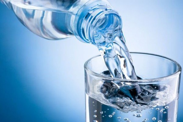 Acqua in bottiglia: quale scegliere?