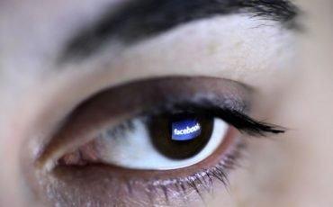 Facebook: il post offensivo è diffamazione aggravata