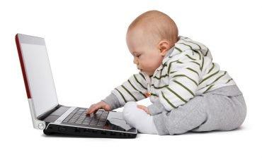 Maternità, posso fatturare se sono dipendente con partita Iva?