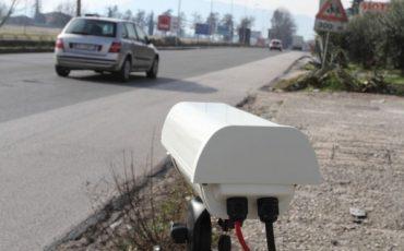 Multe autovelox su rettilineo: stop dalla Cassazione