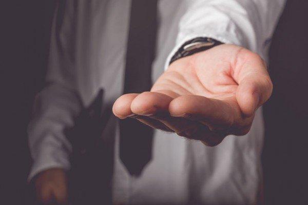 Prelievi in banca: consigli per evitare controlli del fisco