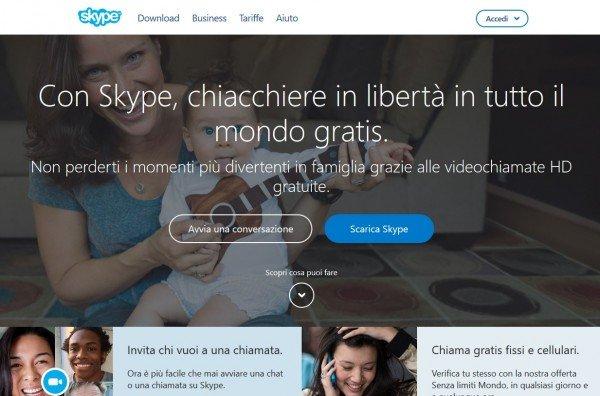 Spogliarsi su Skype ed essere ricattati: video nudi su internet