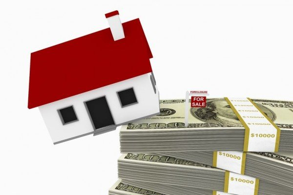 Se sulla casa c'è usufrutto chi paga il condominio?