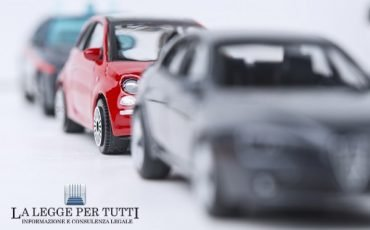 I danni alle auto causati dal parcheggio comunale