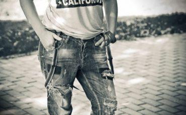 Maglietta o pantaloni scoloriti garanzia per 2 anni for Garanzia senza scontrino