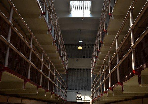 Stare in carcere è gratis o si paga per il mantenimento?