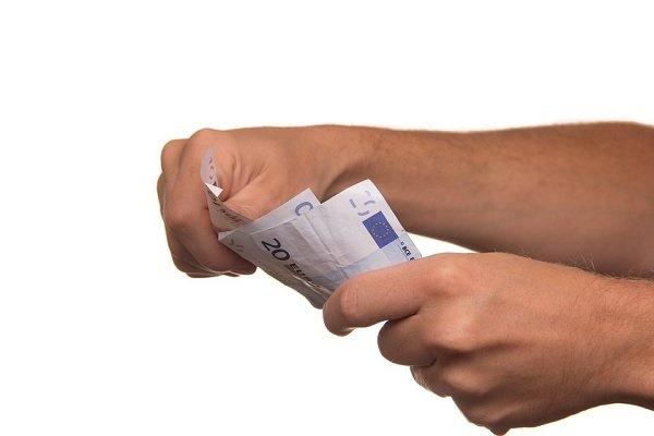 Come avere la liberatoria dell'assegno impagato
