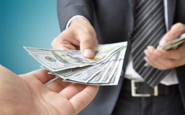 Come donare denaro senza andare dal notaio