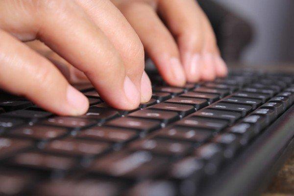 Consulenza legale: se invii una mail a un avvocato devi pagarlo