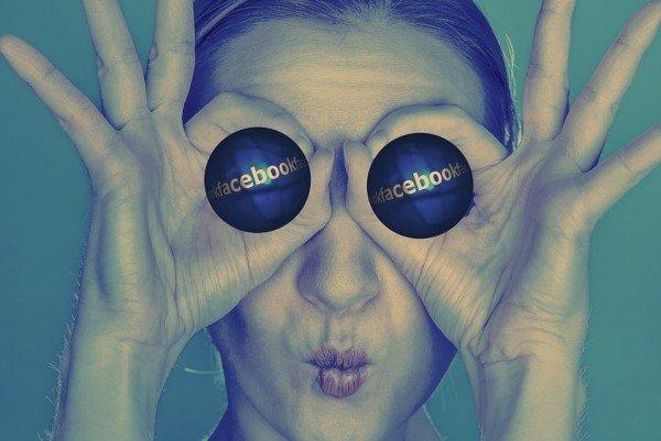Facebook: cosa rischio se uso un nome di fantasia?