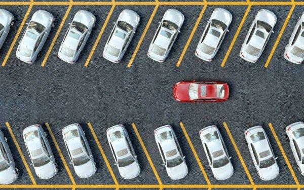 Si può destinare il parcheggio condominiale solo agli ospiti?