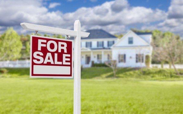 Truffe sulla vendita della casa, attenti al compromesso