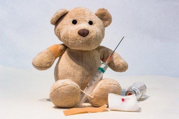 Vaccini, ancora falsi certificati: al via i controlli