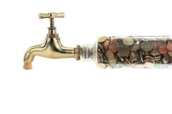 Bolletta acqua con consumi anomali, che fare?
