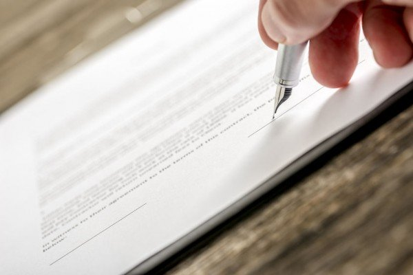 Che fare se ho firmato un contratto senza saperlo?