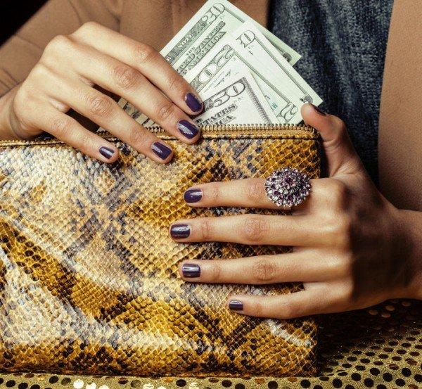 Per essere mantenuti dall'ex marito quanto bisogna guadagnare?