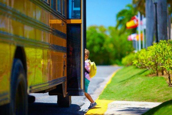 Cosa si rischia se un figlio salta la scuola?
