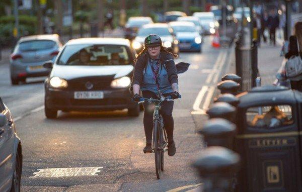 Guida in bicicletta: possibile sottrarre i punti dalla patente?