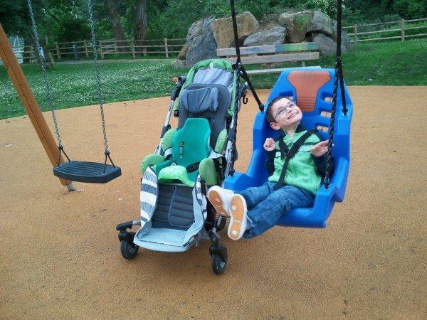 Bambini con disabilità: quali i sussidi di legge?