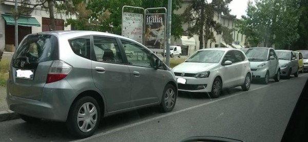 Parcheggio contromano: la multa è valida?