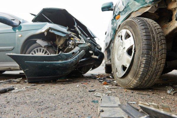 Incidente per abbagliamento: conducente responsabile
