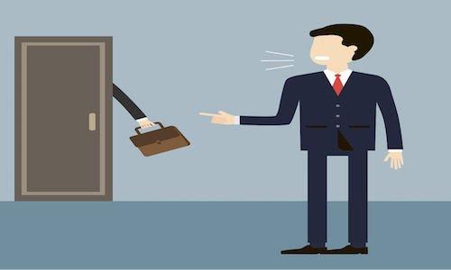 Licenziamento illegittimo: spetta la reintegra o il risarcimento?