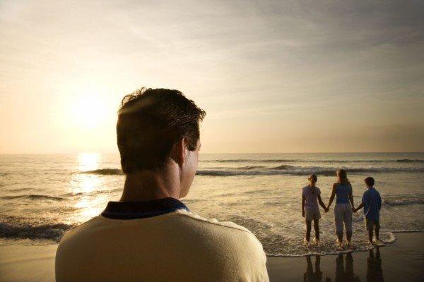 Separazioni: il suicidio silenzioso dei papà che non vedono i figli