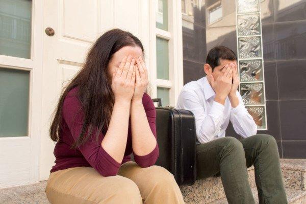 Sfratto: cosa rischia il padrone di casa se distacca le utenze?
