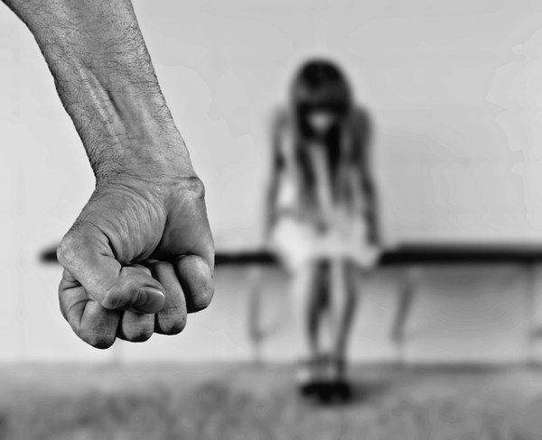 Maltrattamenti in famiglia: quando sono reato