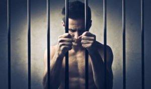 Debiti non pagati: quando è reato?