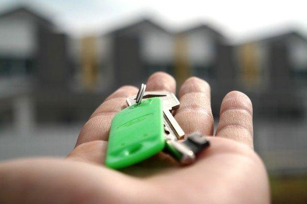 Locazione: paga l'affitto chi lascia la casa senza preavviso?