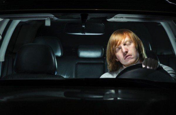 Colpo di sonno alla guida: sanzioni