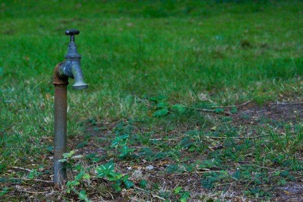 Servitù acquedotto: far passare l'acqua per il terreno vicino