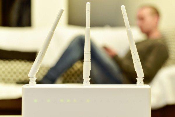 Collegarsi alla rete wi-fi di un'altra persona: cosa si rischia?