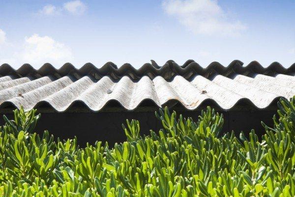 A chi spetta rimuovere l'amianto da un immobile?