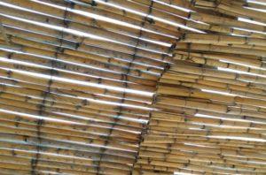 Casabook Immobiliare: Realizzare una tettoia: permessi e accatastamento