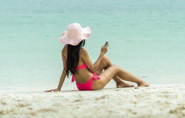 Wi-Fi in spiaggia, come navigare sicuri