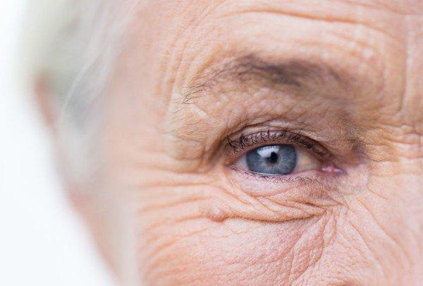 Mantenimento anziani: chi deve pagare?