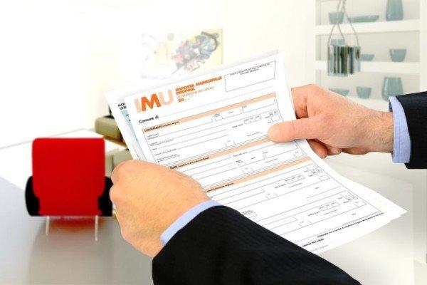 Coniugi con residenza diversa spetta l 39 esenzione imu - Definizione prima casa ai fini imu ...