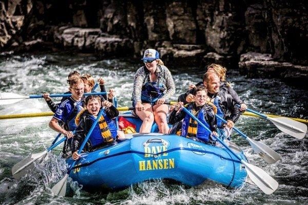 Rafting: se qualcuno si fa male chi risarcisce?