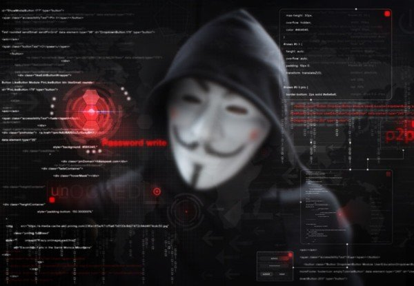 Computer hackerato: come posso tutelarmi?