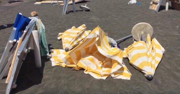Ombrellone volante in spiaggia: chi è responsabile?