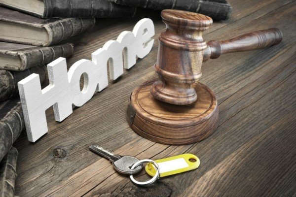 Pignoramento Agenzia Entrate: se la casa non si vende va allo Stato